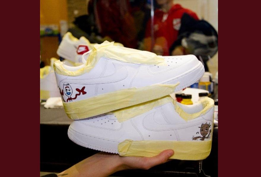 Sneaker personalisieren- mit eigenen Zeichnungen auf Sneaker